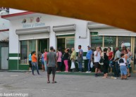 Havana waiting in line