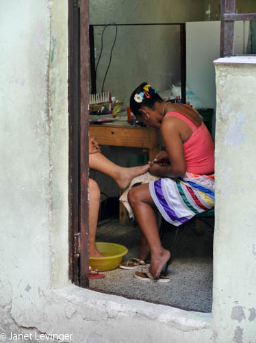Pedicure in Havana
